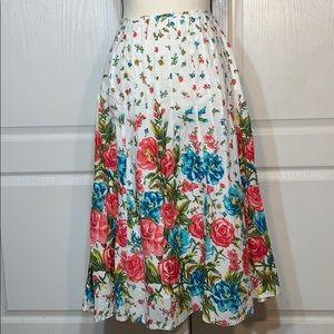 JM Collection white cotton floral print skirt